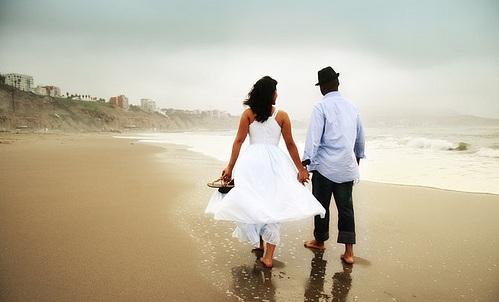 5997075560 239d397452 Imágenes de Amor en la Playa